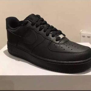 Men's black air force ones